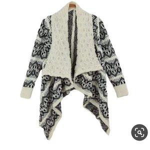 • black & white Aztec knit cardigan •